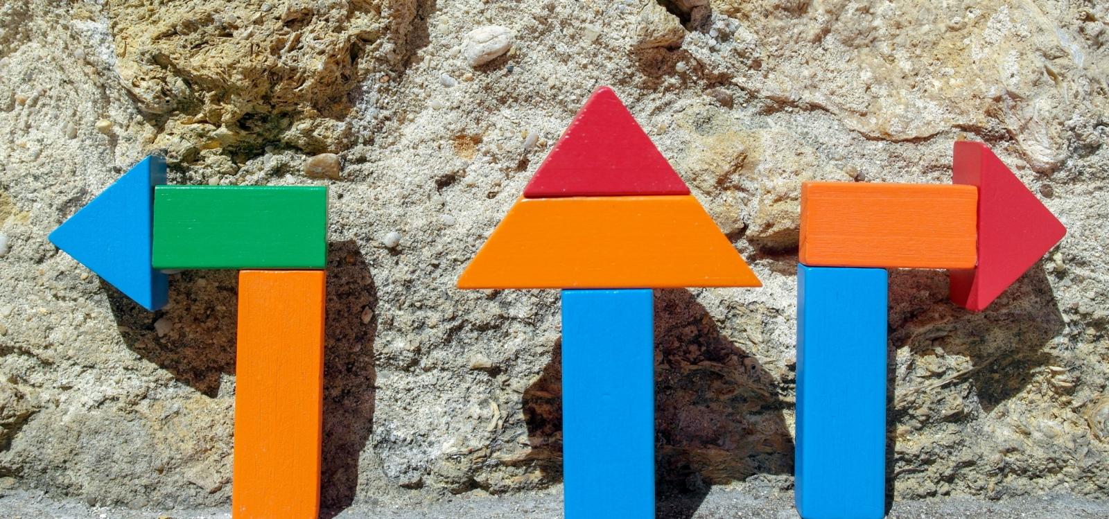 jogo de formas a simular as formas de um castelo