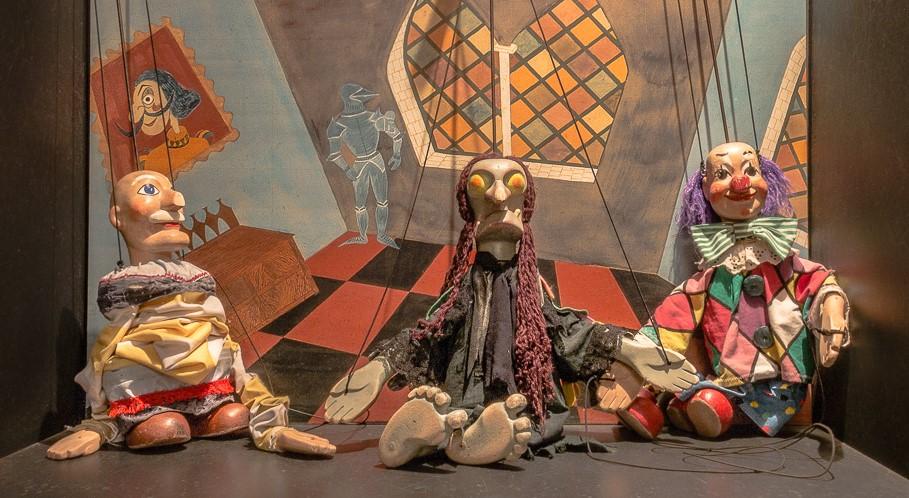 Conjunto de três marionetas